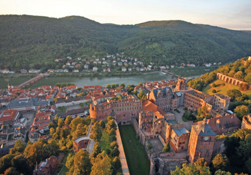 F+U ACADEMY OF LANGUAGES HEIDELBERG